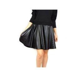 Spódniczki rozkloszowane: Spódnia z dziurkami – czarna