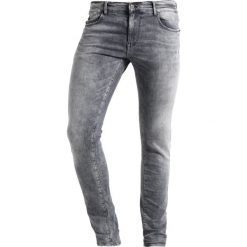 Le Temps Des Cerises Jeans Skinny Fit grey. Szare rurki męskie Le Temps Des Cerises. W wyprzedaży za 415,20 zł.