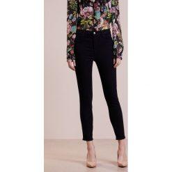 J Brand ALANA  Jeansy Slim Fit blue bird. Szare jeansy damskie relaxed fit marki J Brand, z bawełny. Za 1079,00 zł.