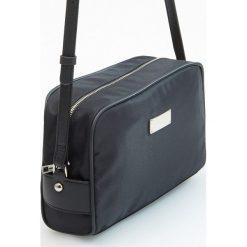 Torebka cross body - Czarny. Czarne torebki klasyczne damskie Reserved. W wyprzedaży za 59,99 zł.