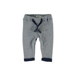 Name it Boys Spodnie Jake grey melange. Szare spodnie niemowlęce Name it, z bawełny. Za 69,99 zł.