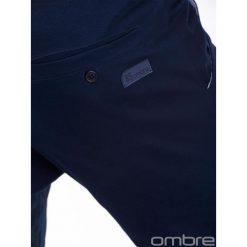 SPODNIE MĘSKIE JOGGERY P389 - GRANATOWE. Czarne joggery męskie marki Ombre Clothing. Za 69,00 zł.