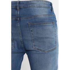 New Look ARNOLD Jeans Skinny Fit bright blue. Czarne jeansy męskie marki New Look, z materiału, na obcasie. Za 169,00 zł.