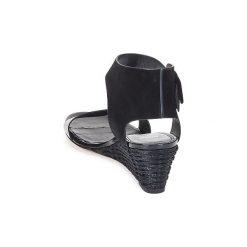 Sandały Hugo Boss Black  SAFFY. Czarne sandały trekkingowe damskie marki Hugo Boss Black. Za 1583,20 zł.