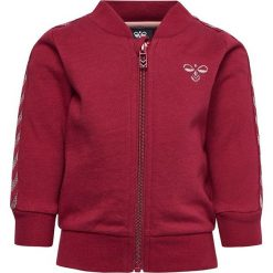 """Bluza """"Milla"""" w kolorze czerwonym. Czerwone bluzy dziewczęce marki Hummel Kids, z haftami, z bawełny. W wyprzedaży za 85,95 zł."""