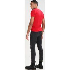 T-shirty męskie: Antony Morato Tshirt basic red