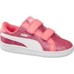 Buty dziecięce Puma Smash Glitz Glamm V INF Puma różowe. Czerwone buciki niemowlęce Puma, z gumy, na rzepy. Za 97,00 zł.