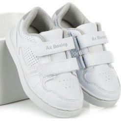 Białe chłopięce trampki AMIYAH. Białe buty sportowe chłopięce AX BOXING, sportowe. Za 69,00 zł.