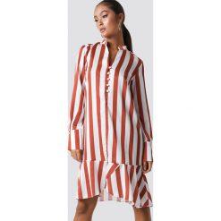 Trendyol Sukienka z falbankami - Multicolor. Szare sukienki asymetryczne marki Trendyol, na co dzień, z elastanu, casualowe, midi. Za 121,95 zł.