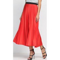 Czerwona Spódnica Winsome. Czerwone długie spódnice Born2be, s. Za 69,99 zł.
