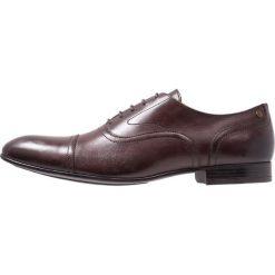 Base London VIOLA Eleganckie buty brown. Brązowe buty wizytowe męskie Base London, z materiału, na sznurówki. Za 399,00 zł.