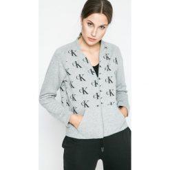 Calvin Klein Underwear - Bluza piżamowa. Różowe piżamy damskie marki Calvin Klein Underwear, l, z dzianiny. W wyprzedaży za 139,90 zł.