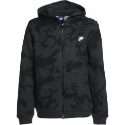 Nike Performance Bluza rozpinana black heather. Czarne bluzy chłopięce Nike Performance, z bawełny. W wyprzedaży za 179,25 zł.