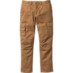 """Spodnie """"bojówki"""" z powłoką z teflonu Regular Fit Straight bonprix koniakowy. Brązowe bojówki męskie bonprix. Za 79,99 zł."""