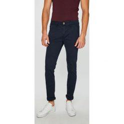 Rurki męskie: Guess Jeans - Spodnie Adam