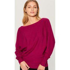 Sweter typu kimono - Różowy. Czerwone swetry klasyczne damskie marki Mohito, l. Za 79,99 zł.