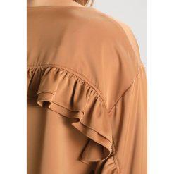 Bluzki asymetryczne: NORR TRACY Bluzka almond