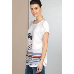 T-shirt w stylu glamour. Brązowe t-shirty damskie marki Monnari, w paski, z materiału, średnie. Za 59,50 zł.