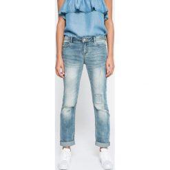 Review - Jeansy Susi. Szare jeansy damskie slim Review. W wyprzedaży za 89,90 zł.