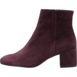 Högl Ankle boot dark plum. Czerwone botki damskie na zamek HÖGL, z materiału. Za 649,00 zł.