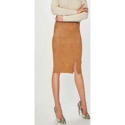 Answear - Spódnica. Szare spódniczki ołówkowe ANSWEAR, l, z elastanu, midi. Za 99,90 zł.
