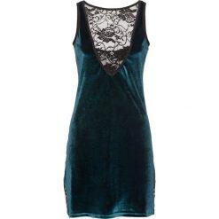 Koszulka nocna bonprix szmaragdowo-czarny. Zielone koszule nocne i halki marki bonprix, w koronkowe wzory, z koronki. Za 69,99 zł.