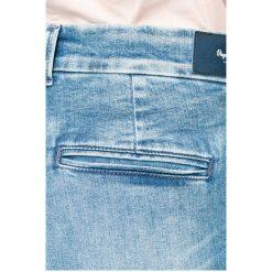 Pepe Jeans - Jeansy. Niebieskie boyfriendy damskie Pepe Jeans. W wyprzedaży za 219,90 zł.
