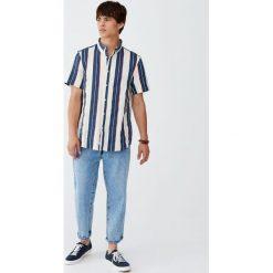 Koszula vintage w paski. Zielone koszule męskie w paski Pull&Bear, m. Za 55,90 zł.
