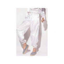 Spodnie dresowe damskie: Spodnie Sporty białe