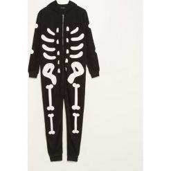 Piżama jednoczęściowa z polaru - Czarny. Czarne piżamy męskie marki Reserved, l, z polaru. Za 99,99 zł.