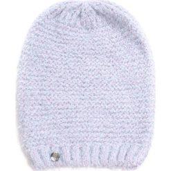 Czapka damska Błyszcząca trawa biała. Białe czapki zimowe damskie Art of Polo. Za 42,47 zł.