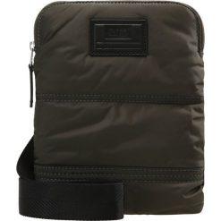 BOSS Orange Torba na ramię dark green. Zielone torby na ramię męskie marki BOSS Orange. W wyprzedaży za 189,50 zł.