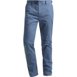 Chinosy męskie: Burton Menswear London Chinosy denim blue