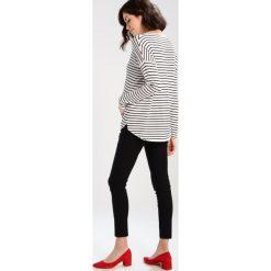Swetry klasyczne damskie: Zalando Essentials Maternity Sweter blackwhite