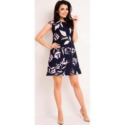 """Granatowa Sukienka Mini w Kwiaty o Linii """"A"""". Niebieskie sukienki mini marki Molly.pl, do pracy, l, w kwiaty, z tkaniny, biznesowe, z okrągłym kołnierzem, z krótkim rękawem, w kształcie a. Za 119,90 zł."""