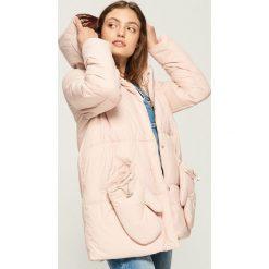 Płaszcz z rękawiczkami - Różowy. Czerwone płaszcze damskie Sinsay, l. Za 179,99 zł.