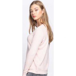 Jasnoróżowy Sweter Feel Good Time. Szare swetry klasyczne damskie Born2be, l, ze splotem, z okrągłym kołnierzem. Za 49,99 zł.