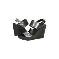 Sandały Bronx  SANDAŁY  84339. Czarne sandały damskie marki Bronx, z materiału. Za 119,99 zł.