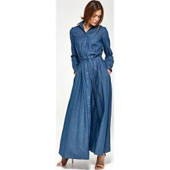 Jeansowa Koszulowa Sukienka Maxi z Długim Rękawem. Czarne długie sukienki marki Molly.pl, na spotkanie biznesowe, l, z tkaniny, z dekoltem na plecach, dopasowane. Za 189,90 zł.