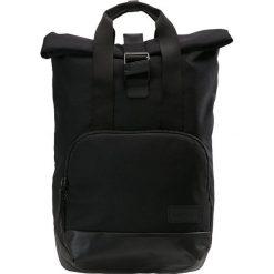 Crumpler ALGORITHM Plecak black. Czarne plecaki męskie Crumpler. Za 539,00 zł.