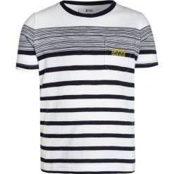 T-shirty chłopięce z nadrukiem: BOSS Kidswear KURZARM STREIFEN Tshirt z nadrukiem weiß