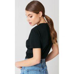 NA-KD Basic T-shirt oversize - Black. Różowe t-shirty damskie marki NA-KD Basic, z bawełny. Za 52,95 zł.
