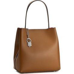 Torebka CREOLE - K10287 Jasny Brąz. Brązowe torebki klasyczne damskie marki ARTENGO, z materiału. W wyprzedaży za 259,00 zł.