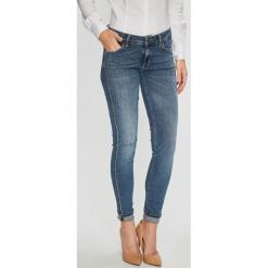 Liu Jo - Jeansy Divine. Niebieskie jeansy damskie rurki marki Liu Jo, z bawełny. Za 849,90 zł.