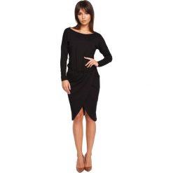 FIONA Sukienka z zakładką - czarna. Czarne sukienki hiszpanki BE, do pracy, l, z wiskozy, biznesowe, midi, oversize. Za 154,90 zł.