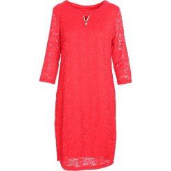 Czerwona Sukienka Street Dancer. Czerwone sukienki marki Born2be, na jesień, street, midi. Za 49,99 zł.