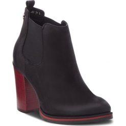 Botki CARINII - B4669  360-000-POL-B77. Czarne buty zimowe damskie marki Carinii, z materiału, na obcasie. Za 419,00 zł.