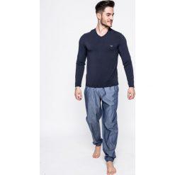 Emporio Armani - Spodnie piżamowe. Szare piżamy męskie Emporio Armani, l, z materiału. W wyprzedaży za 359,90 zł.