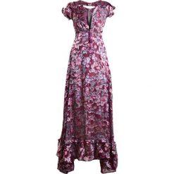 Długie sukienki: For Love & Lemons Długa sukienka berry