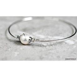 Biżuteria i zegarki: Posrebrzana bransoletka ze słodkowodną perłą.
